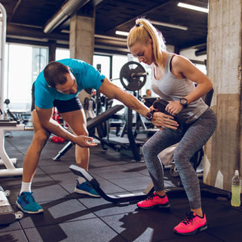 Weight-loss-Training-at-the-gym-is-ideal-to-lose-weight-get-fit-and-tone-up-1268460